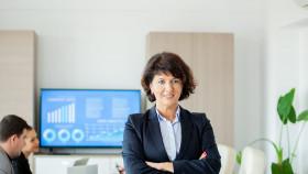 https://sbusinesslondon.com/uploads/images/image_sm/successful-leadership-school-of-business-london.jpg